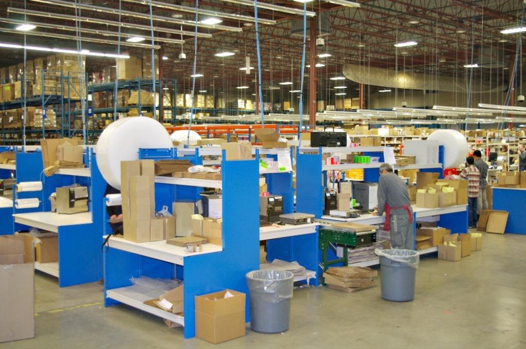 Ezr Workstations 171 E Z Rect Manufacturing Ltd